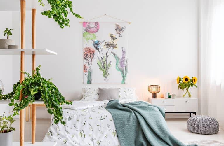 Sommer-Deko-Tipp: sommerliche Motive auf Wandvorhängen