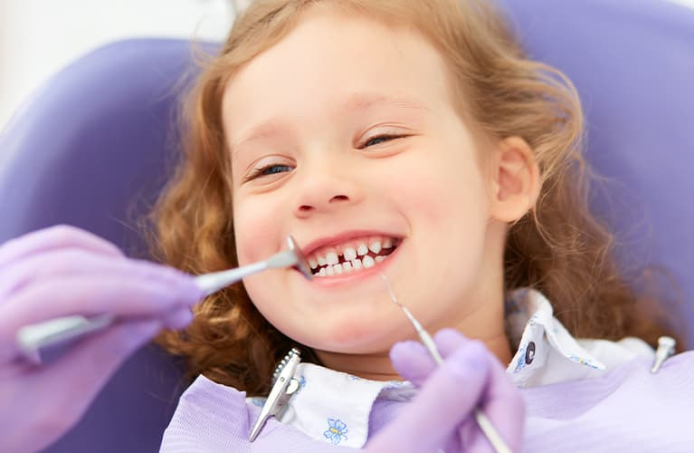 Was sind die Ursachen von Zahnschmerzen?