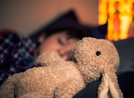 Hoe krijg ik mijn kleintje in slaap als hij/zij ziek is?