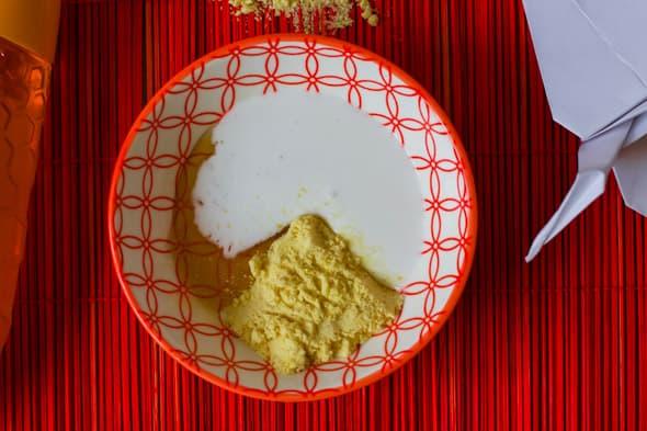 Ingrediënten kokosmelk en honing masker