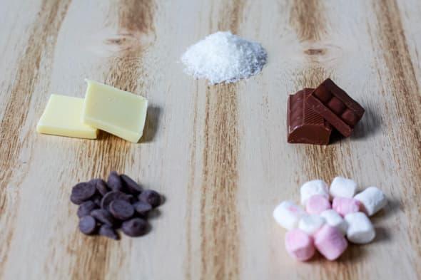 Ingrediënten chocolademelk-lepels