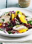 Radicchio-Salat mit Hähnchen und Orangen
