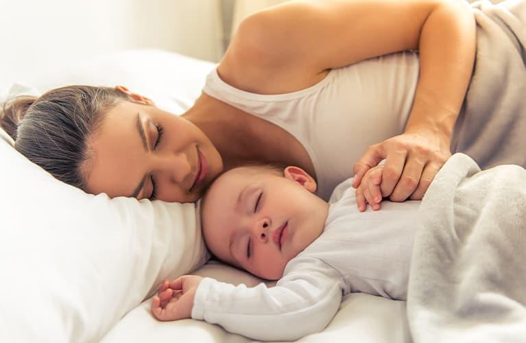 Nachtschreck bei Kleinkindern: Was dahintersteckt und wie Sie reagieren sollten