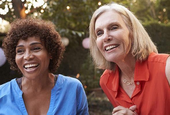 Jahren zahnprothese mit 40 Zahnersatz mit