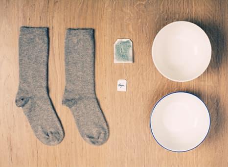 Calcetines, dos cuencos e infusión es todo lo que necesitas