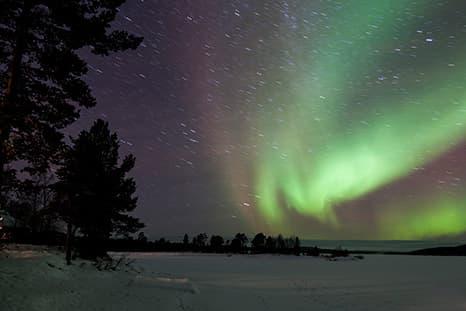 Finlandia - Auroras, lagos y renos