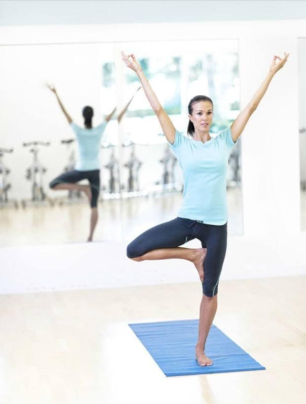 Position de Yoga pour débutante
