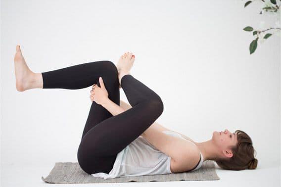3-yoga-poses-to-help-you-sleep_image2