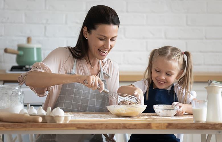 Ετοιμάζουμε υγιεινά pancakes με βρώμη στον φούρνο