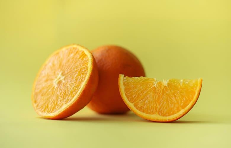 Σαλάτα με σπανάκι και πορτοκάλι για αποτοξίνωση