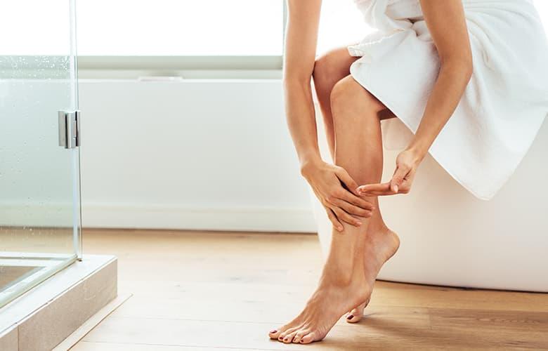 Πώς θα αποφύγεις τους ερεθισμούς στο ξύρισμα αν έχεις ευαίσθητο δέρμα