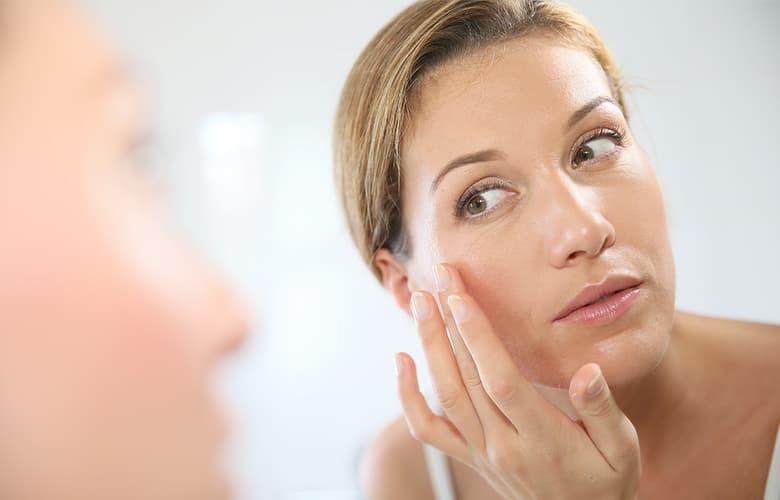 Ποια προϊόντα ομορφιάς αξίζει να προτιμήσεις ανάλογα με την ηλικία σου