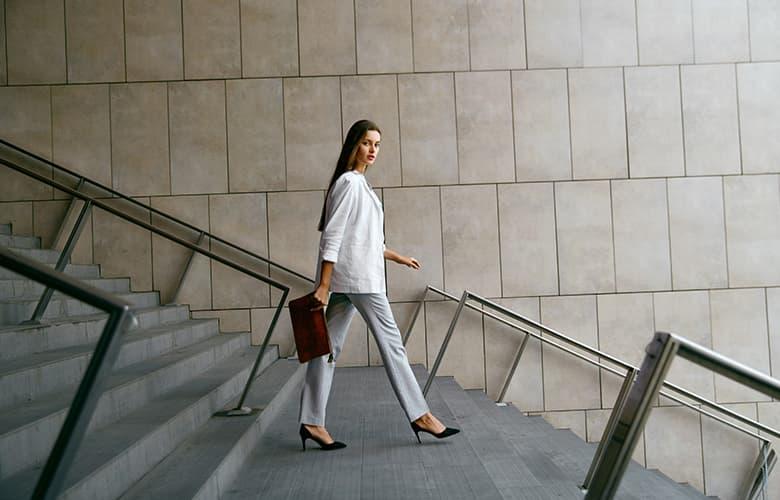 Τρία fashion items που υπόσχονται μοναδικές εμφανίσεις τη φετινή άνοιξη