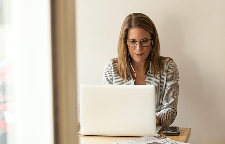 Λύσεις για τη γυναικεία ακράτεια που αξίζει να γνωρίζεις