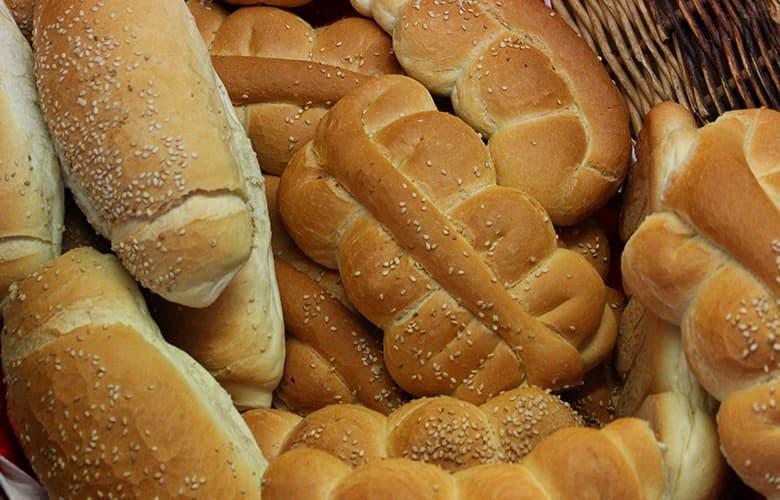 Επτά τροφές που προκαλούν κυτταρίτιδα και αξίζει να περιορίσεις