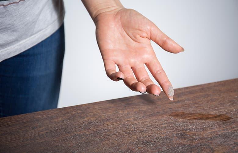 Πώς θα απαλλάξεις το σπίτι από τη σκόνη και τα αλλεργιογόνα