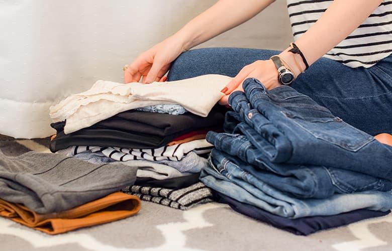 Πώς θα φρεσκάρεις την γκαρνταρόμπα σου χωρίς να αγοράσεις καινούρια ρούχα