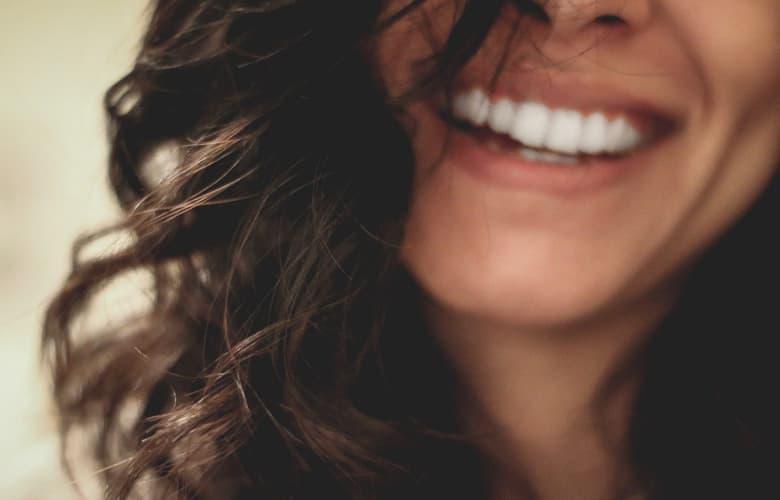 Τα lipstick trends που θα σου χαρίσουν τέλειο χαμόγελο αυτό το καλοκαίρι