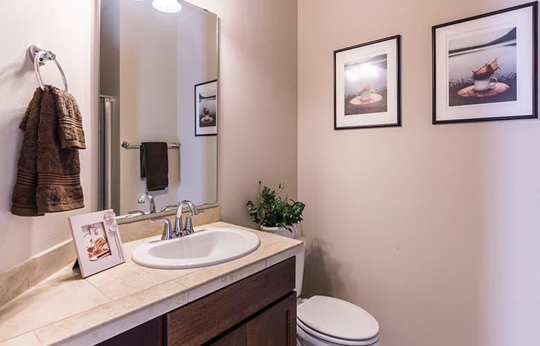 Έξι τρόποι για να ανανεώσεις το μπάνιο σου αυτόν τον Οκτώβριο