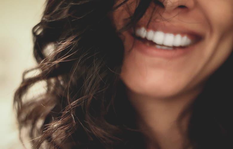 Τα λάθη που κάνεις στο βούρτσισμα των δοντιών και δεν το γνωρίζεις