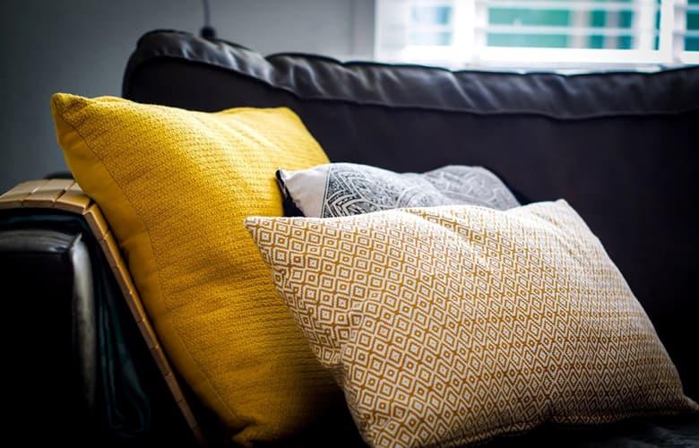 Πέντε τρόποι για να μετατρέψεις εύκολα το σπίτι σου σε γυμναστήριο