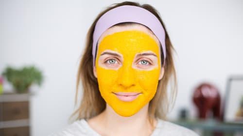 Merve Özkaynak Yüz Maskesi